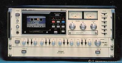 TEAC C-1. MODEL C-1 ¥239,000(本体のみ)